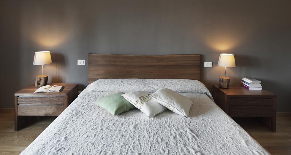 Camera da letto su misura in noce americano massello, Zanini Alcide ...